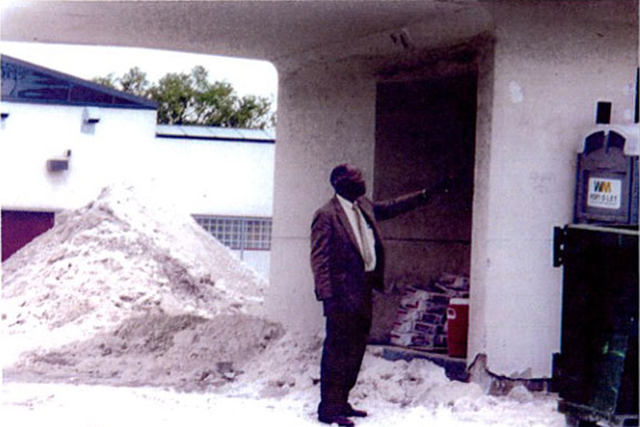 Leroy Smith Reviewing The Structure